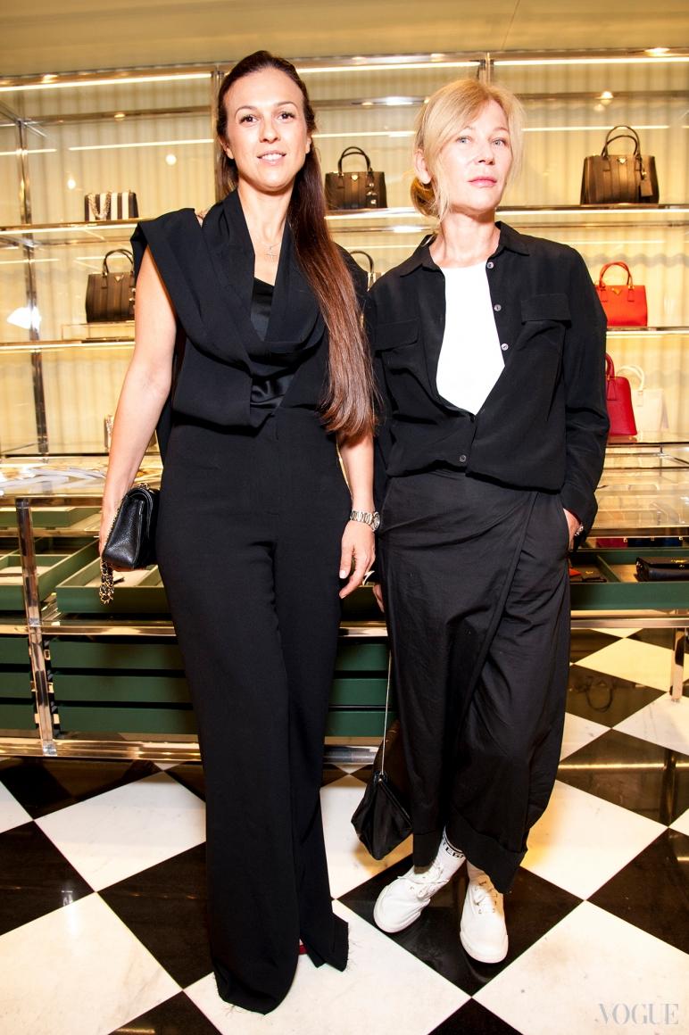 Лилия Пустовит (справа)