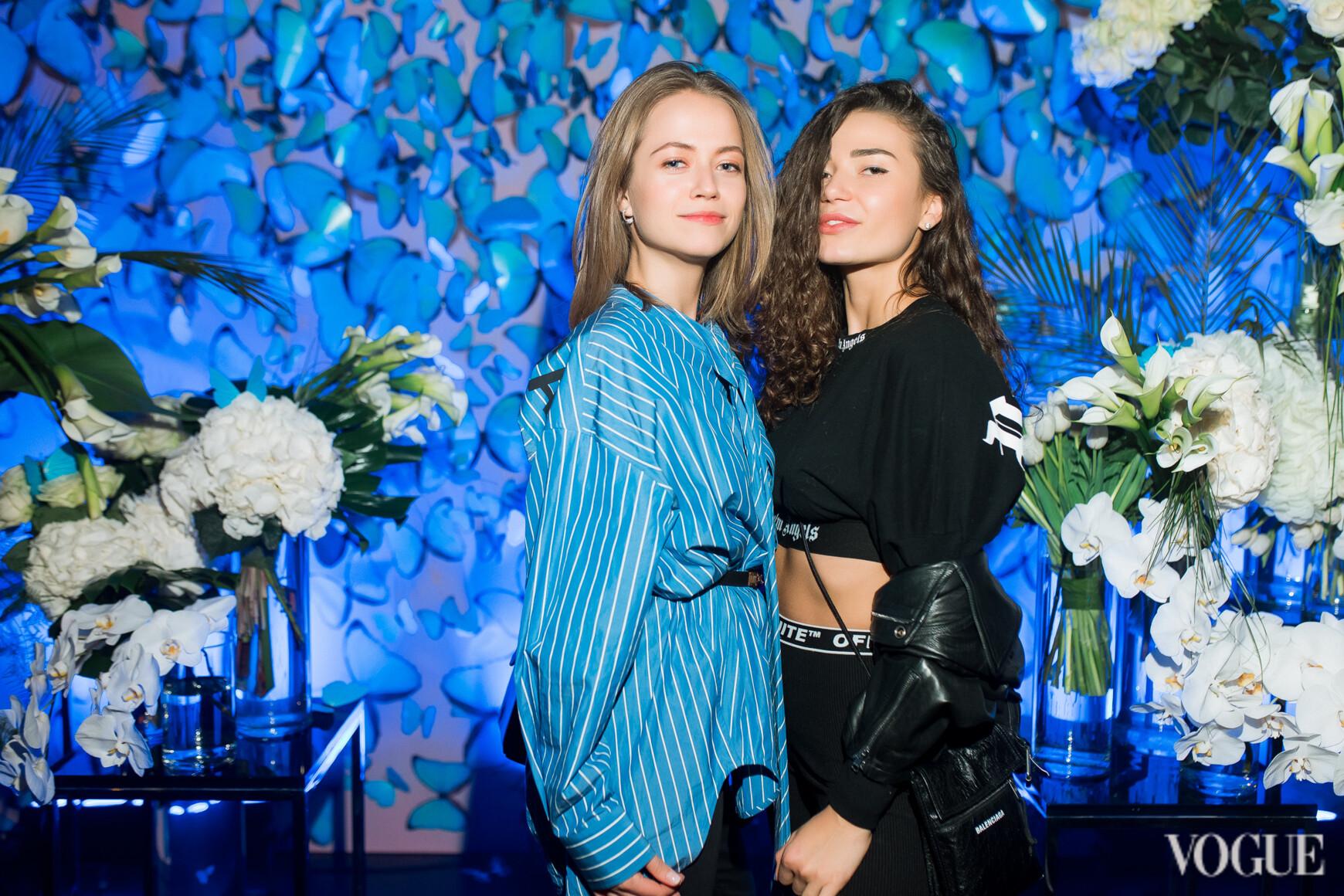 Дарія Ершова (праворуч)