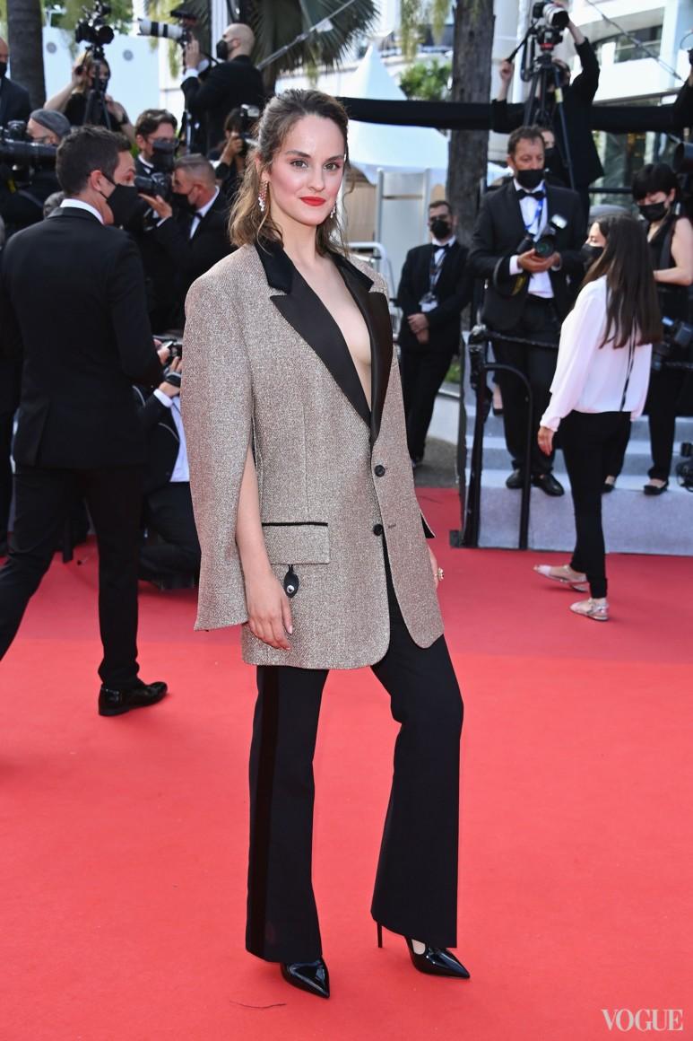 Ноэми Мерлан в Louis Vuitton