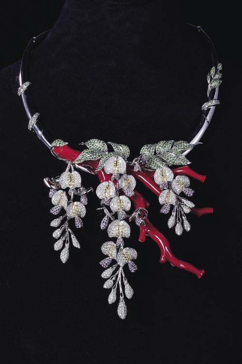 Колье Yu-gen, белое золото, бриллианты, кораллы, Tosa