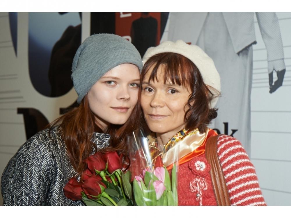 Модель Ира Краченко с мамой