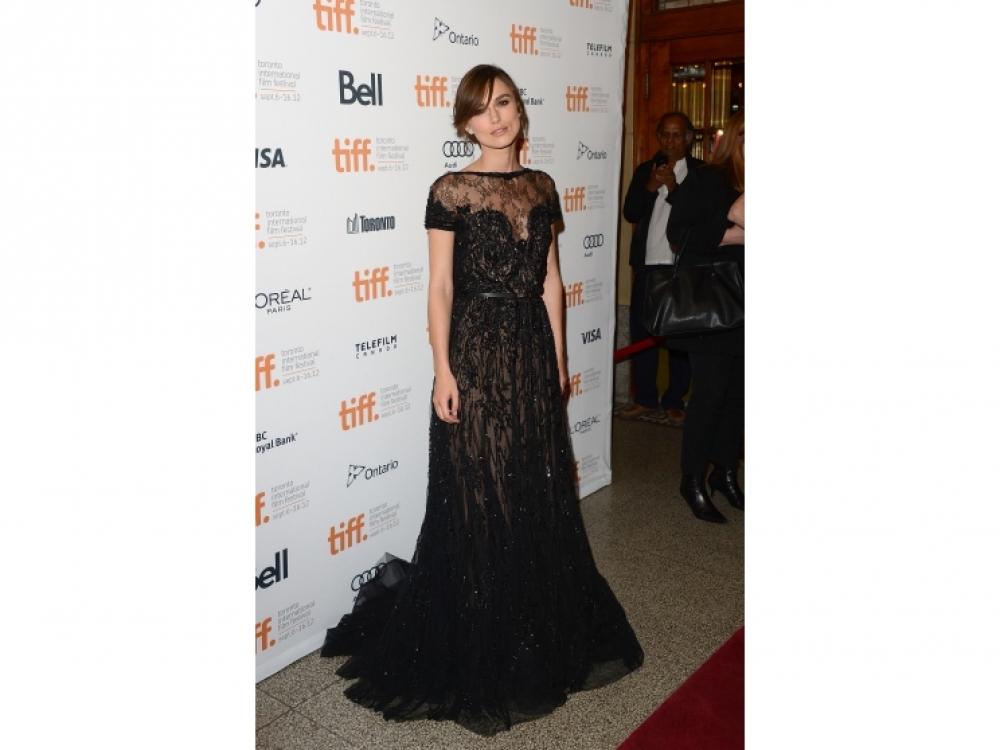 В платье Elie Saab Couture