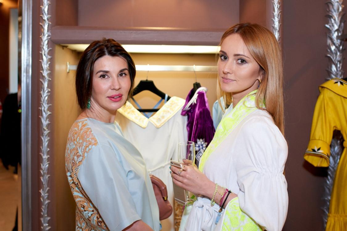 Анастасия Самбурова и Юлия Магдыч