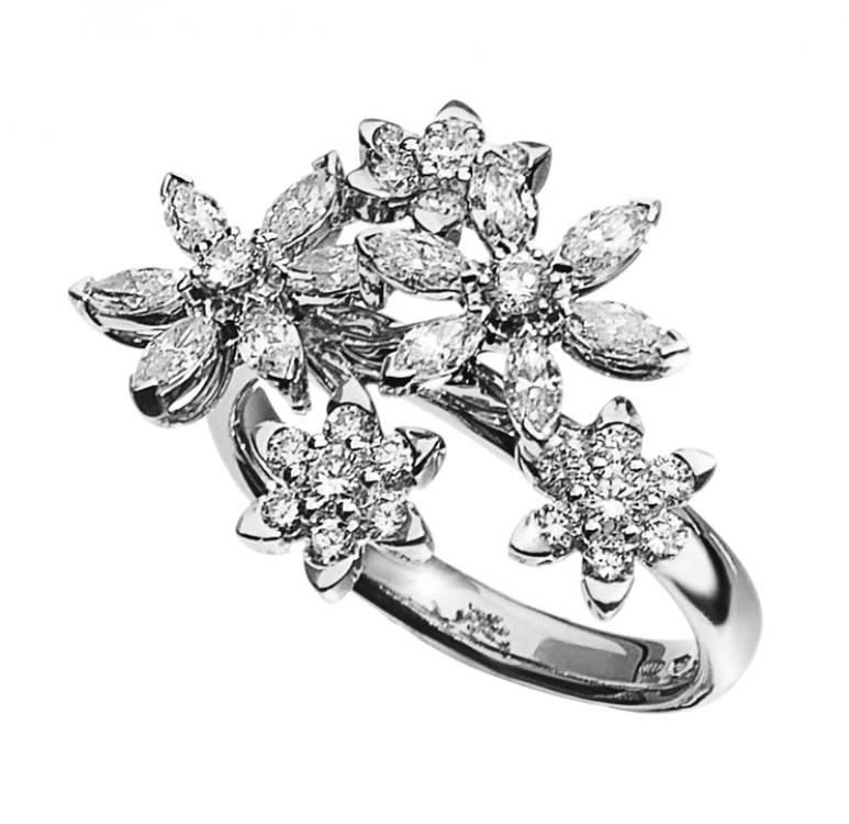 Кольцо, белое золото и бриллианты огранки «маркиз», Mimi