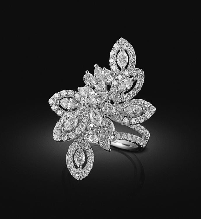 Кольцо «Династия», белое золото, бриллианты, лимитированная серия, KimberlI