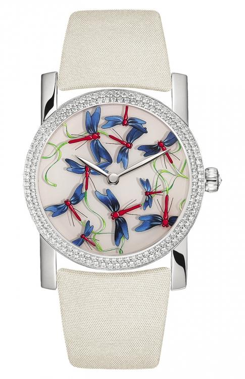 Часы Attrape-Moi... si tu m'aimes, белое золото, бриллианты, расписанный циферблат, сатиновый ремешок, Chaumet