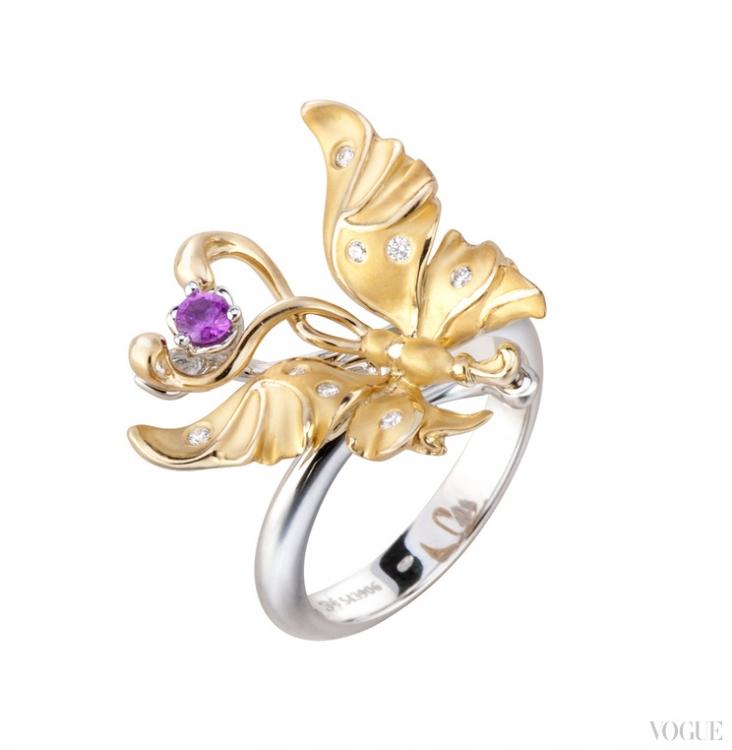 Кольцо из желтого и белого золота с бриллиантами и розовым сапфиром
