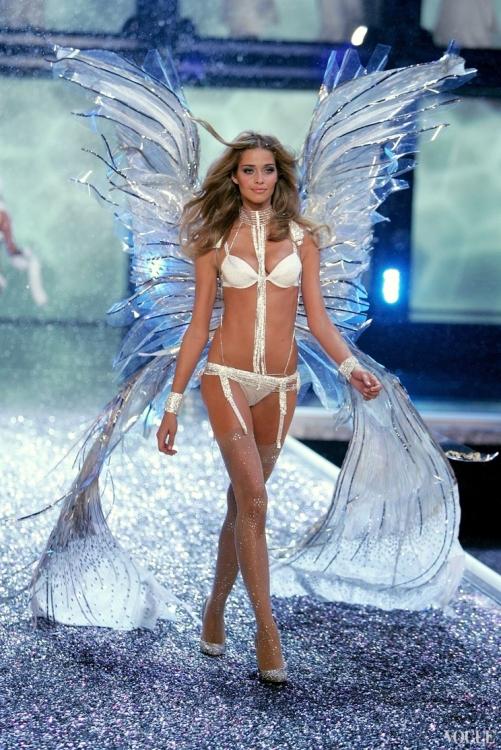 Шоу Victoria's Secret 2006
