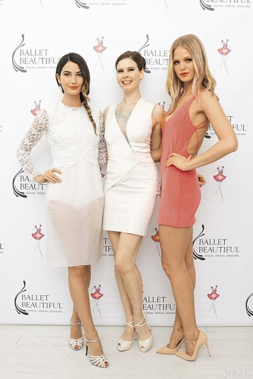 Мэри Хелен Бауэрс с моделями Лили Олдридж и Эрин Хитертон