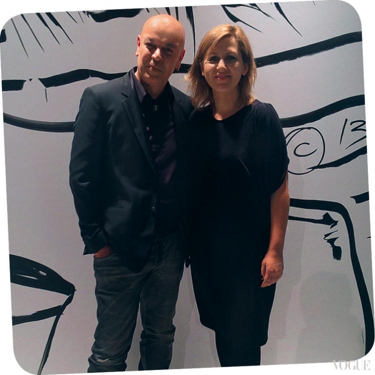 Николя Деженн и бьюти-редактор Vogue Алена Пономаренко в Париже