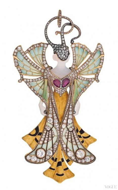 Подвеска Sylvia из золота с бриллиантами, рубинами, агатами и эмалью, 1900, Поль и Генри Вевер. Из коллекции Музея декоративного искусства