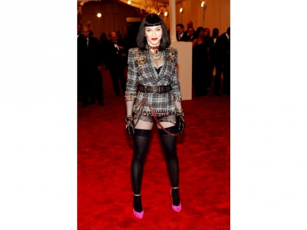Мадонна в Givenchy
