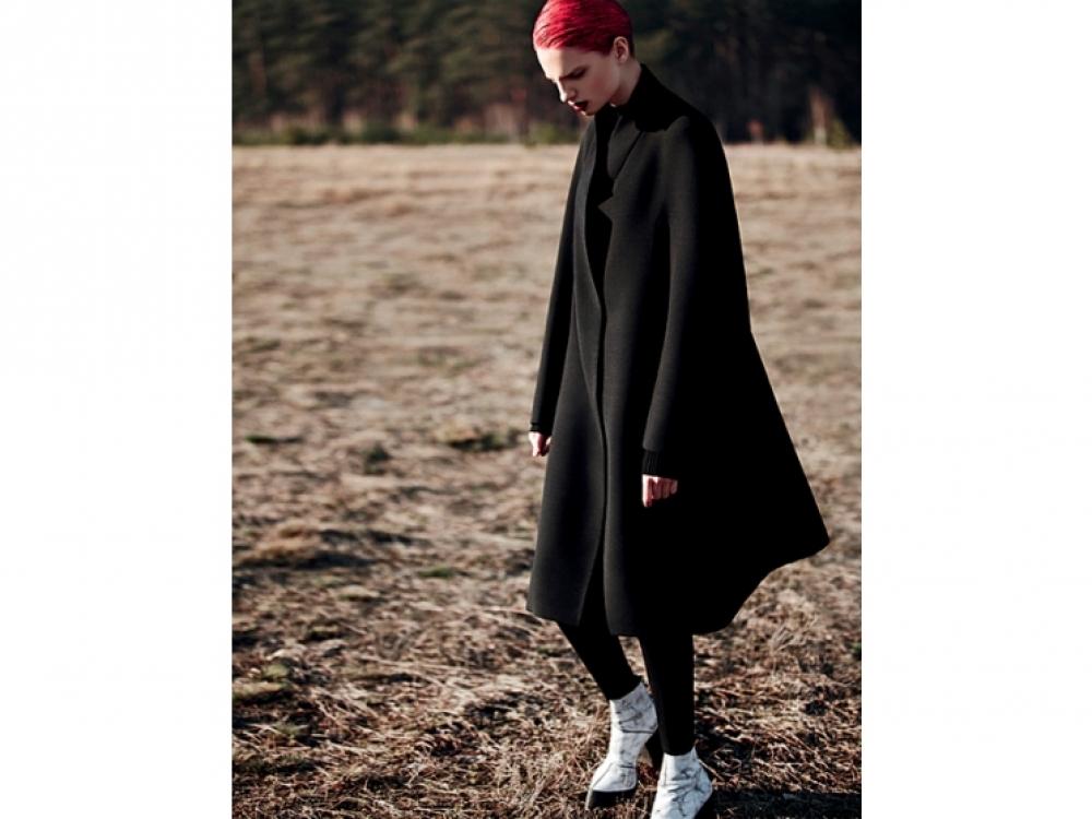 3. Модель Appoline в съемке рекламной  кампании Litkovskaya, осень-зима 2012.  Фотограф: Cate Underwood