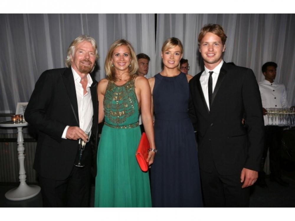 Ричард Бренсон с дочерью Холли, сыном Сэмом и невесткой Изабеллой