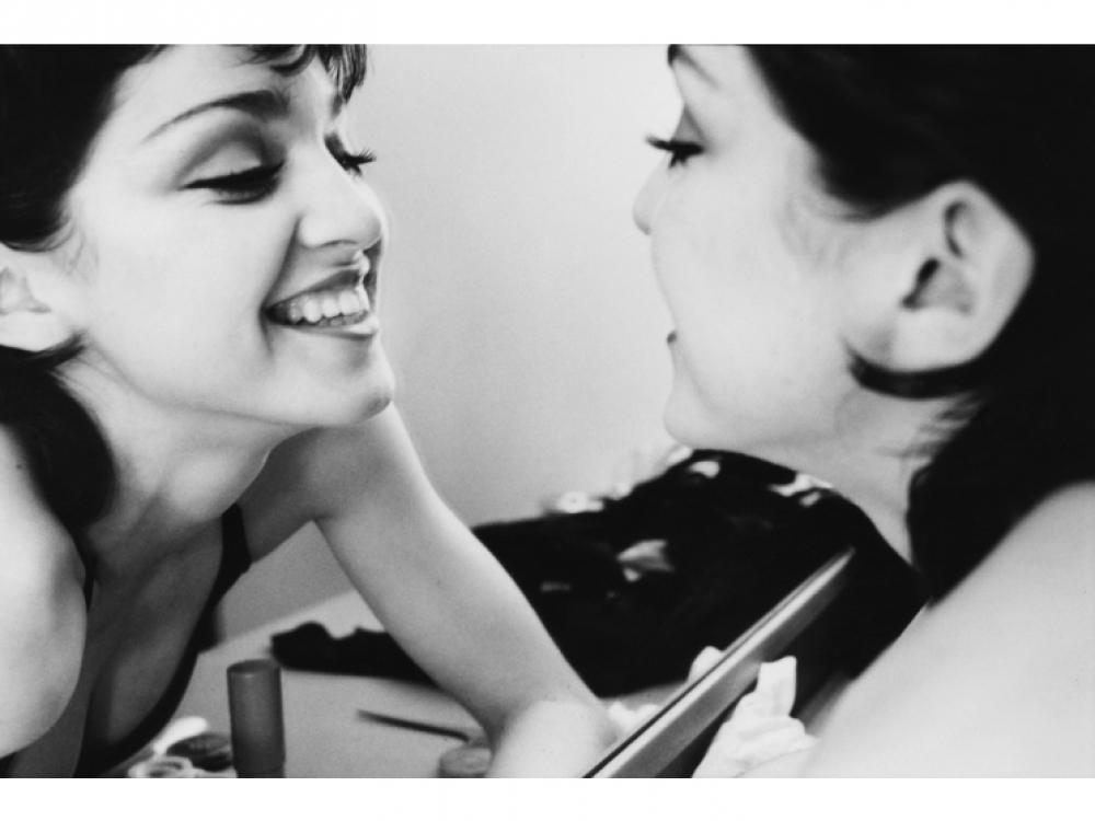"""1979 – дебютный для Мадонны как актрисы год. Она снялась в любительском фильме """"Конкретная жертва"""" в Нью-Йорке"""