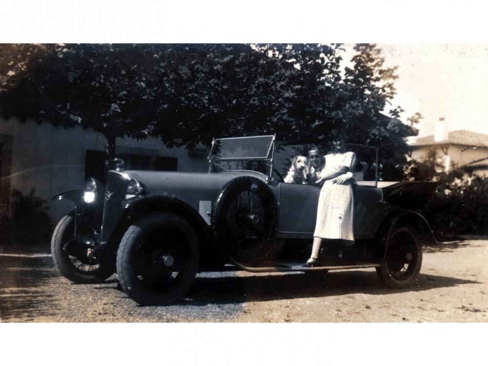 Коко и князь Дмитрий на вилле в Гетари, 1924