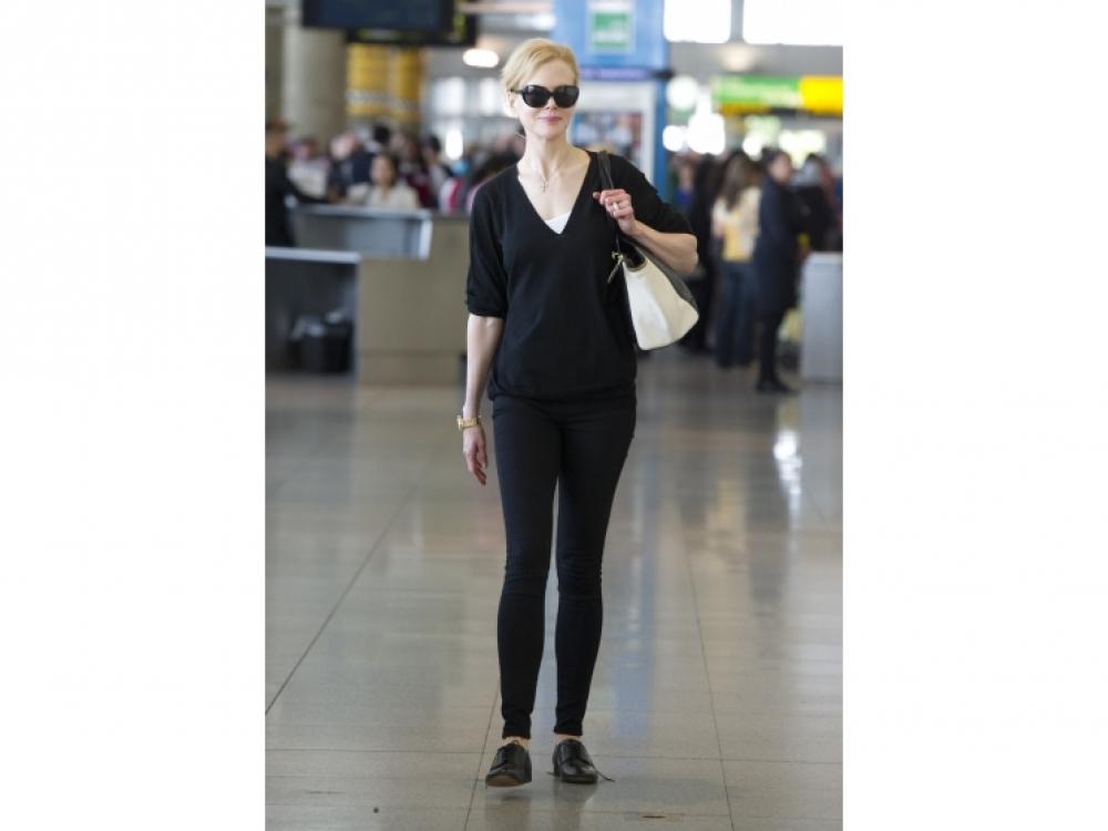 Николь Кидман в аэропорту, Нью-Йорк
