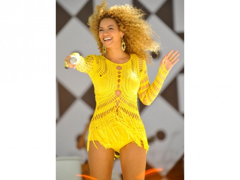 2011 год: в платье Julien Macdonald на концерте телеканала ABC Good Morning America