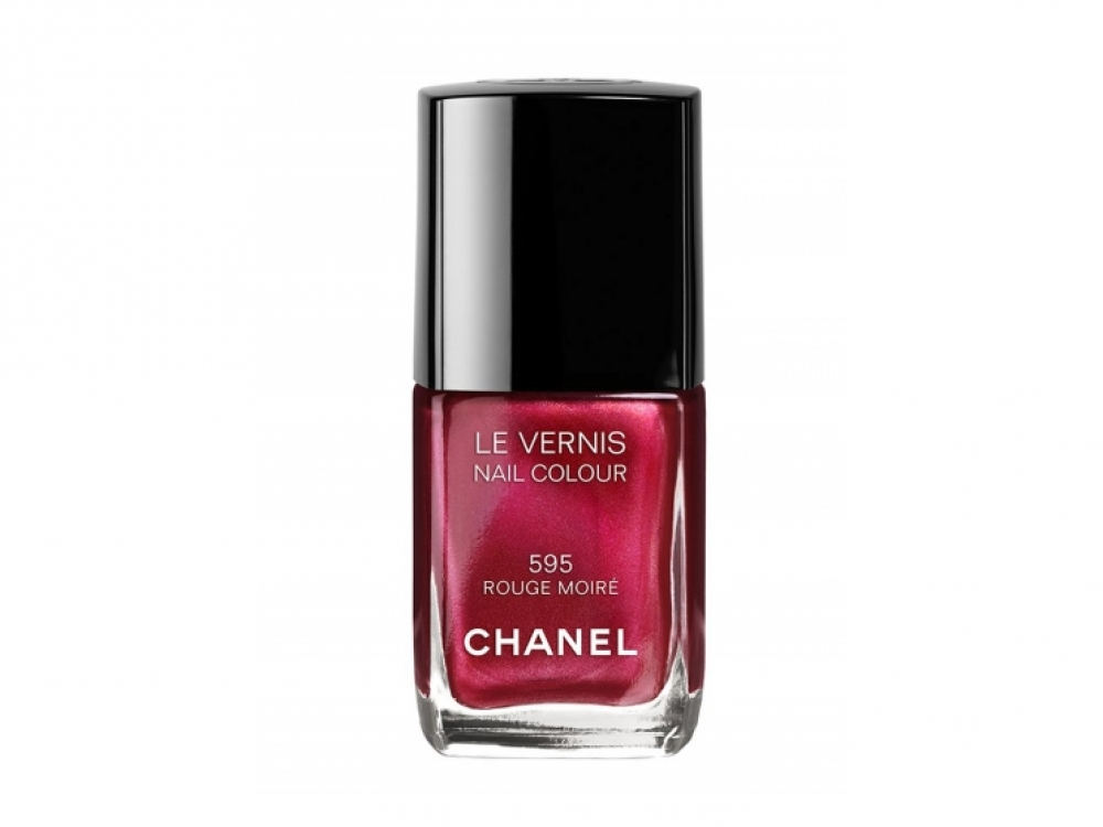 Лак для ногтей Le Vernis, № 595 Rouge Moir?, Chanel