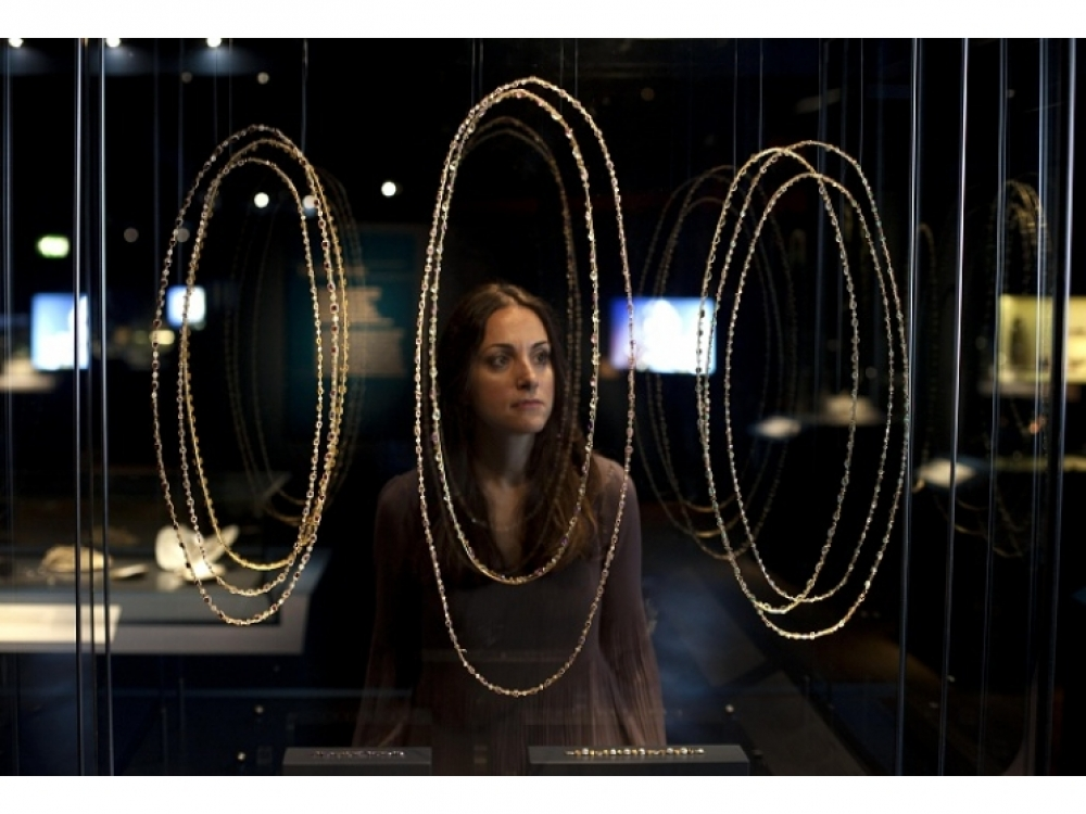 Каскады цепочек и ожерелий