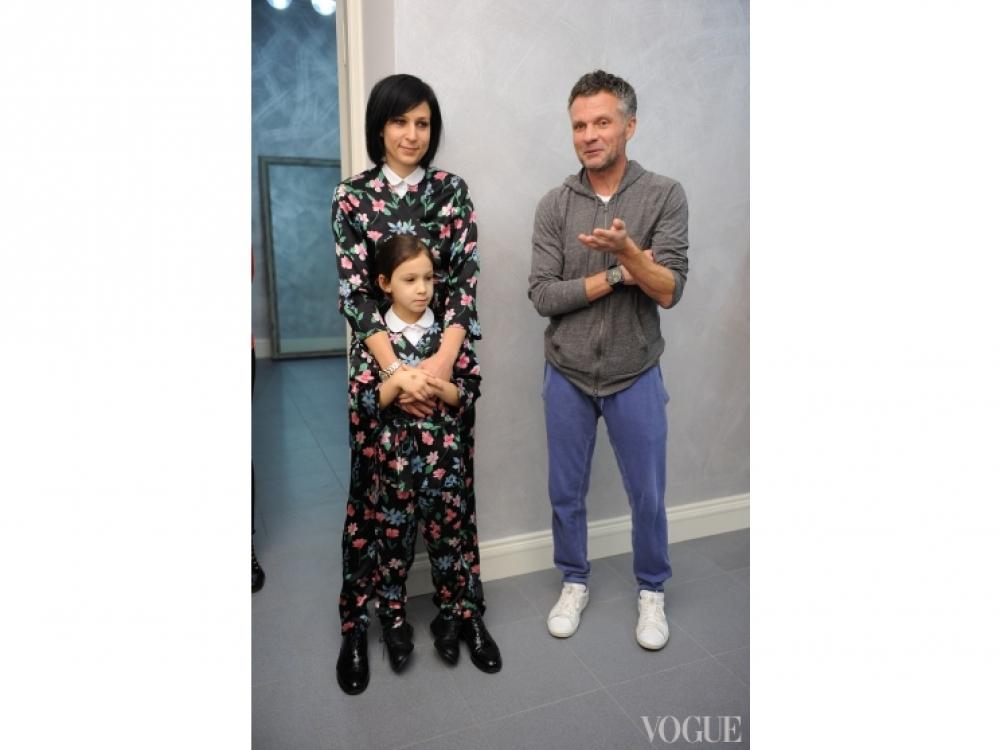 Евгения Григорьева с дочерью Сашей, Виктор Анисимов