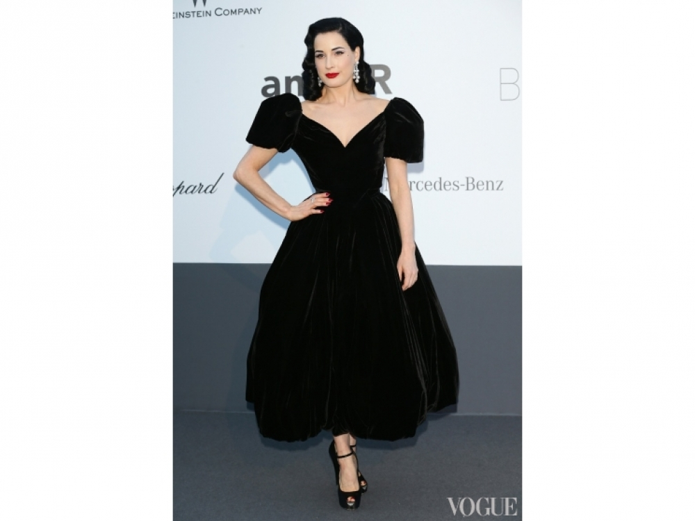 Дита фон Тиз в платье Ulyana Sergeenko Couture