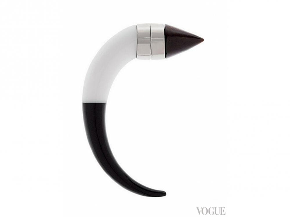 Серьга на магните, Givenchy