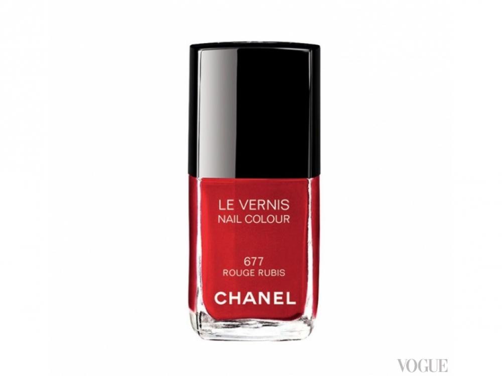 Лак для ногтей Le Vernis, № 677 Rouge Rubis, Chanel