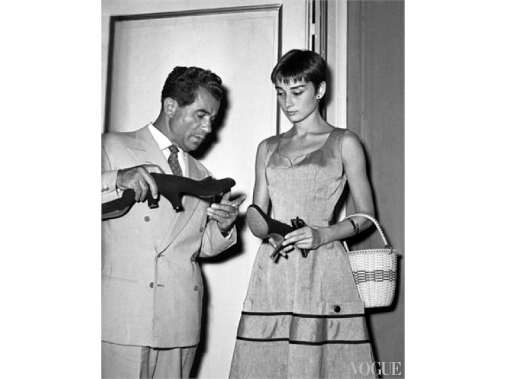 Сальваторе Феррагамо и Одри Хэпберн, 1954