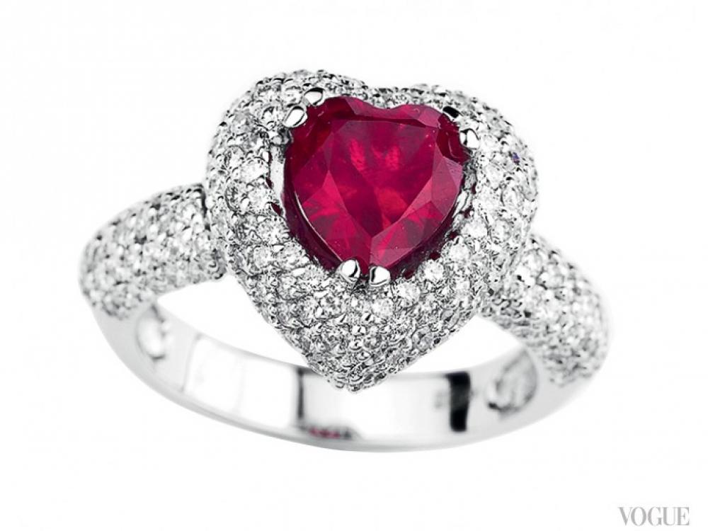 Кольцо из коллекции «Династия», белое золото и бриллианты, рубин огранки «сердце» в 3,23 карата, Kimberli