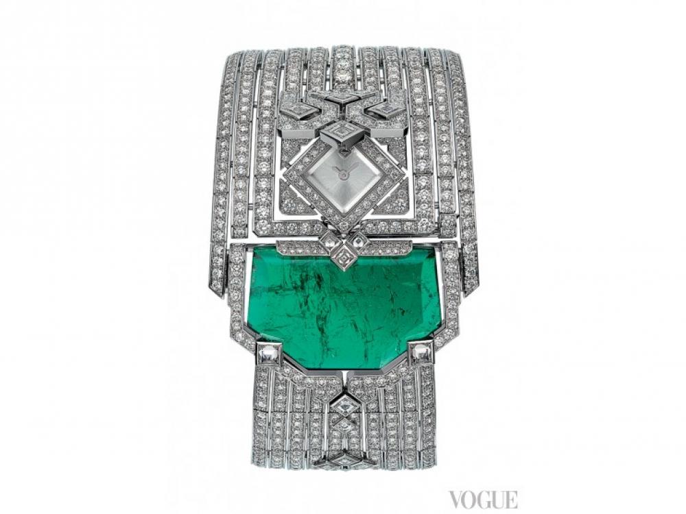 Часы с секретом L'Heure Envo?t?e de Cartier (единственный экземпляр), 18-каратное белое золото с родиевым покрытием, изумруд в 33,51 карата, бриллианты, кварцевый механизм, Cartier
