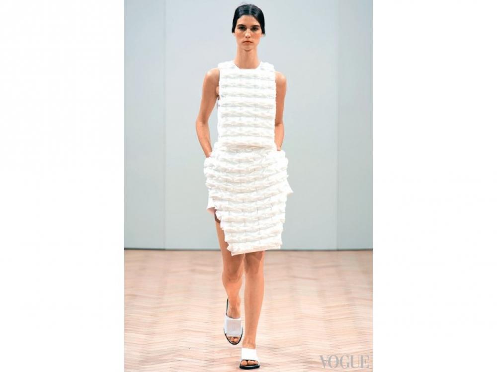 Платье J.?W.?Anderson из gossamer – объемной искусственной органзы
