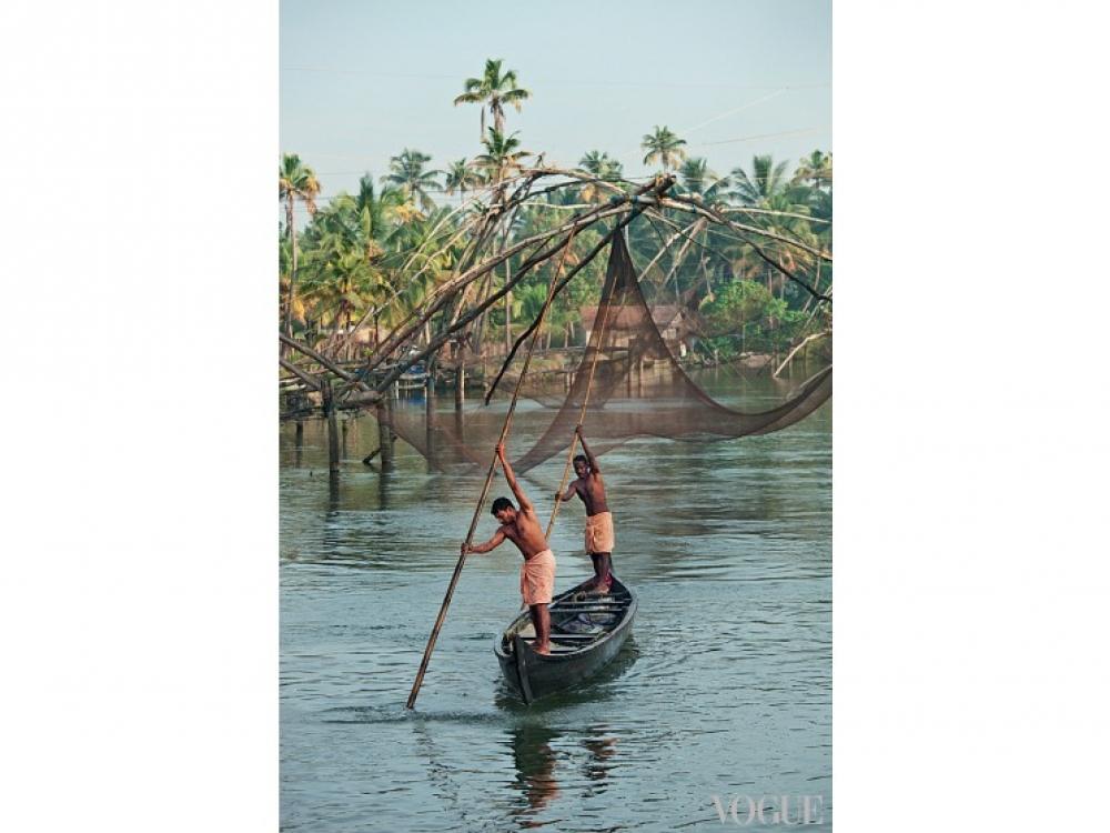 Гребцы в юбках дхоти, Индия