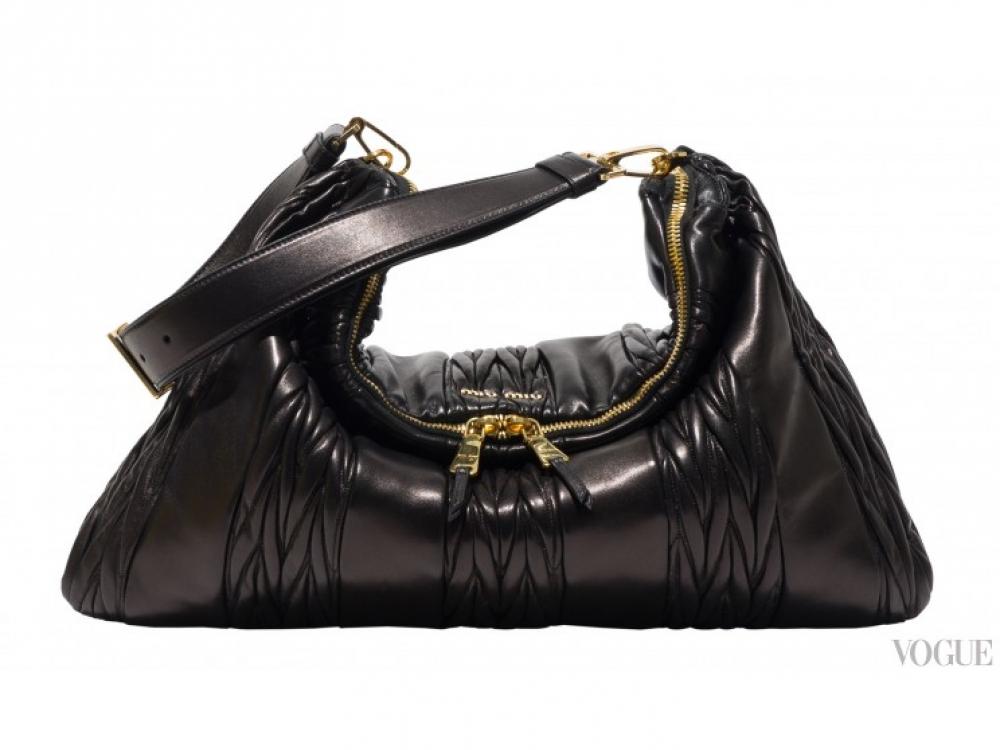 |черная сумка Miu Miu Cloud