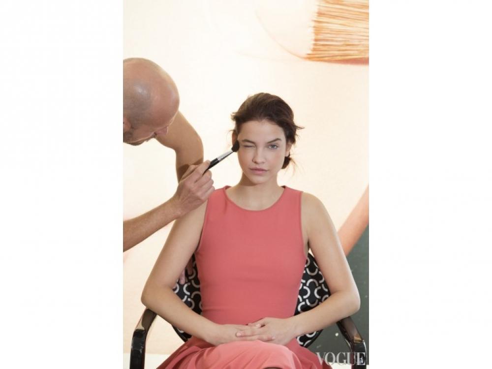 Барбара Палвин на мастер-классе мейкап-академии L'Oreal Paris