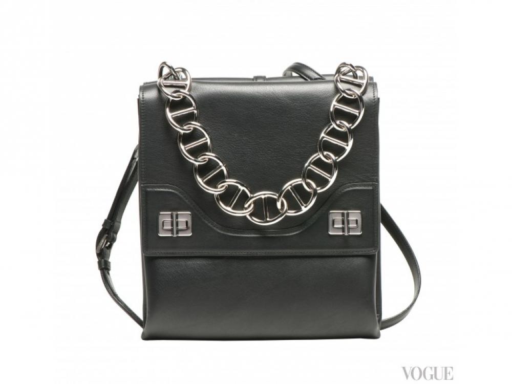 |черная сумка-почтальон  Prada осень-зима 2014/2015