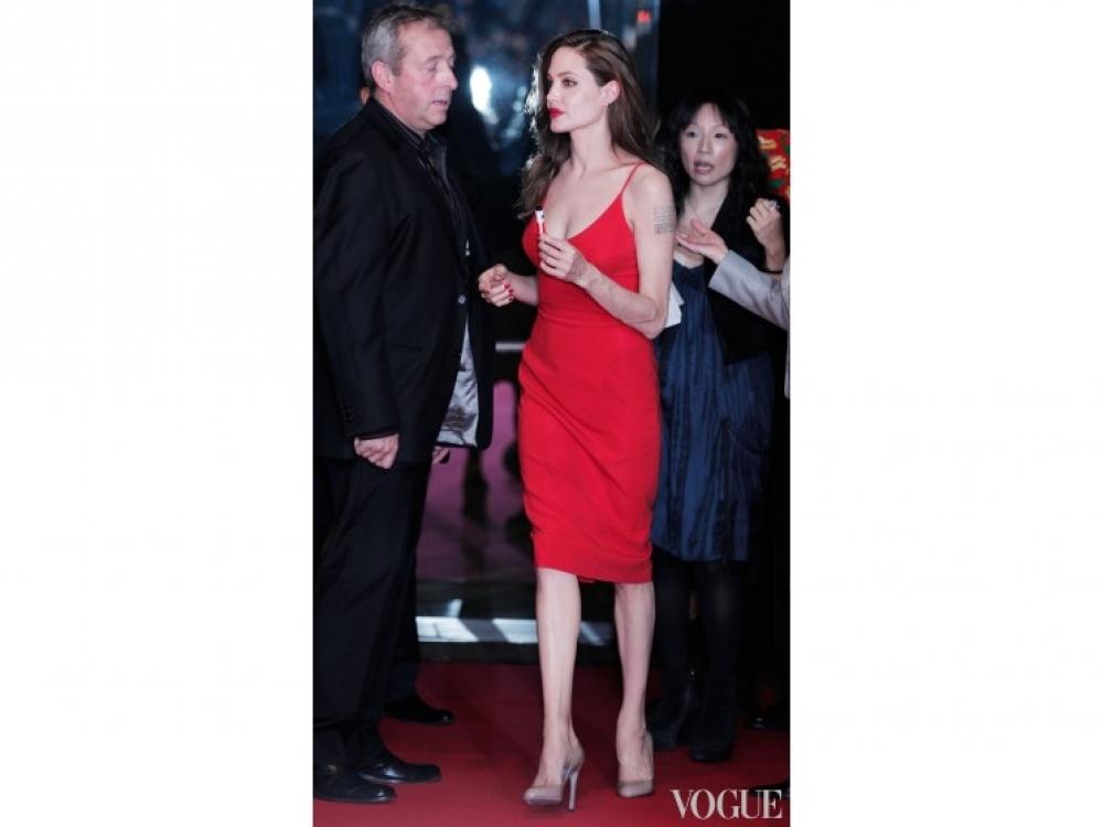 | Анджелина Джоли