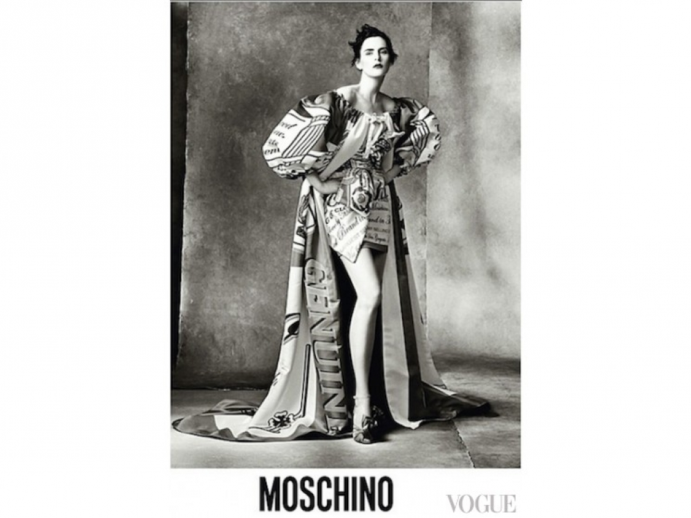 |Саския де Брау в рекламе Moschino