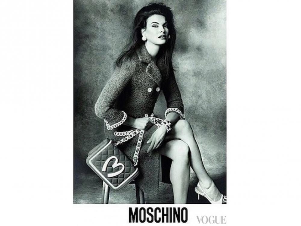|Линда Евангелиста в рекламе Moschino