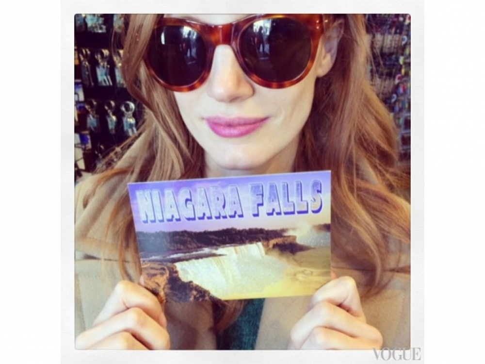 Джессика Честейн посетила Ниагарский водопад