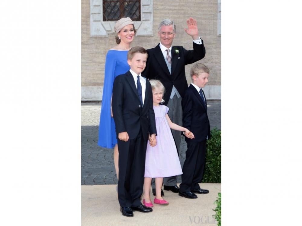 Короли Бельгии Матильда и Филипп с детьми