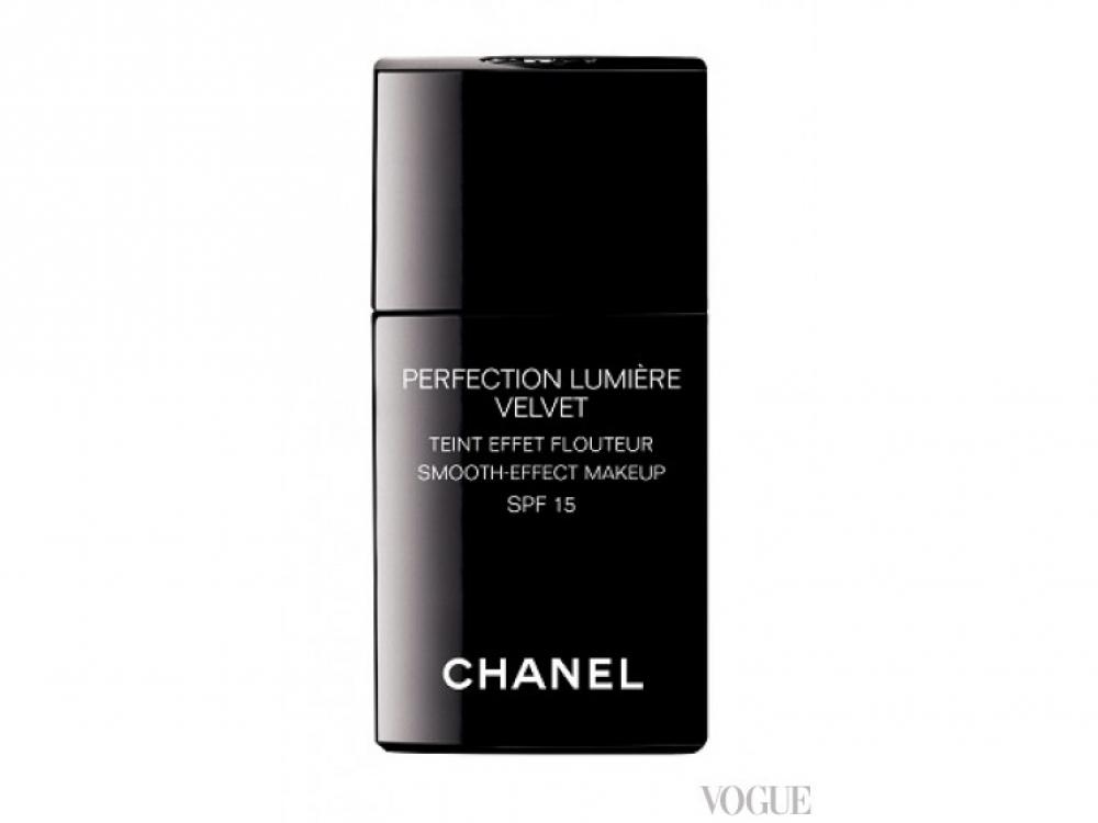 Тональное средство с эффектом сияния и солнцезащитным фактором Perfection Lumi?re Velvet SPF 15, Chanel