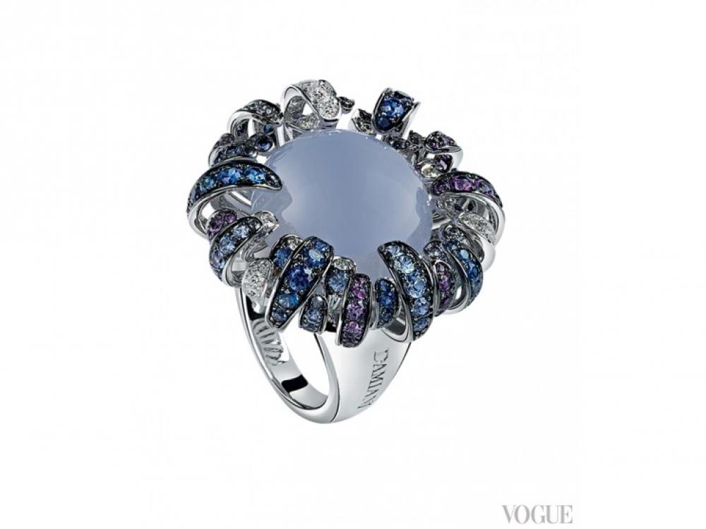 Кольцо Passion Fruit, белое золото, халцедон, бриллианты, сапфиры, Damiani