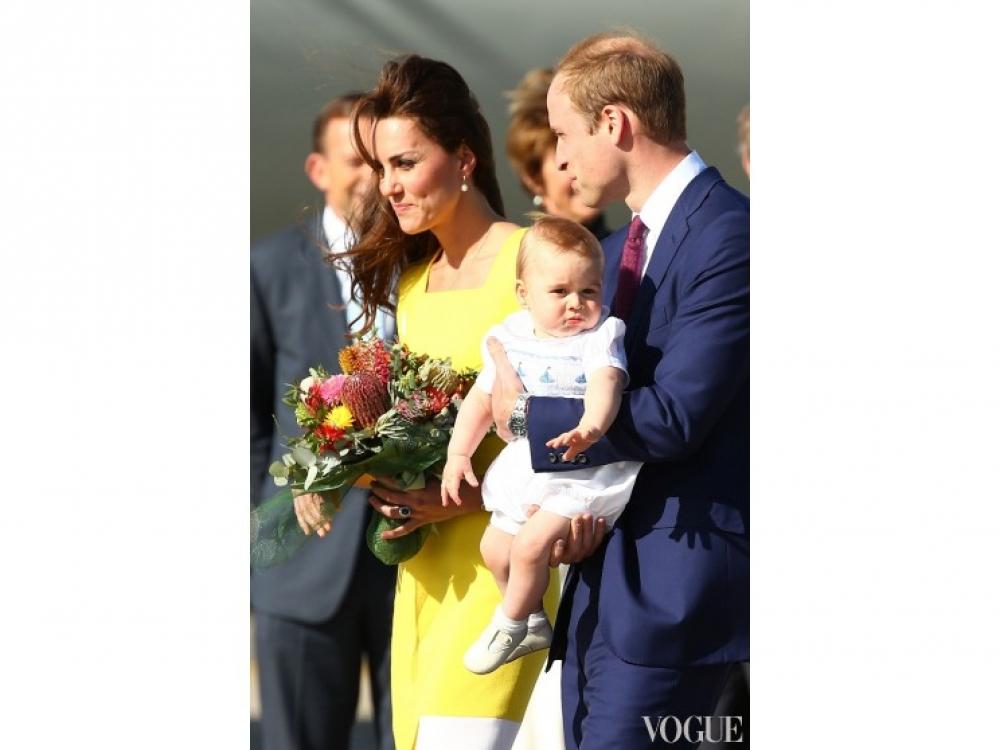 Кейт Миддлтон, принц Георг и принц Уильям приземлились в Австралии в первый день их месячного новозеландско-австралийского тура, апрель 2014 года