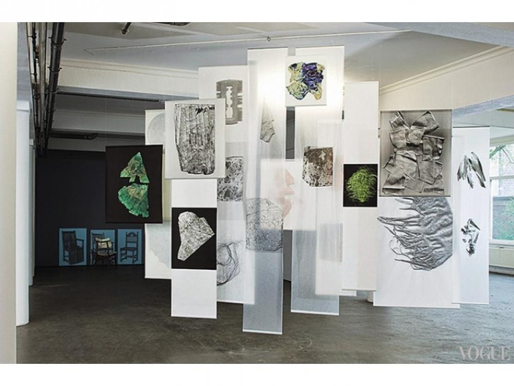 «Случайно», первая инсталляция Саскии де Брау. Представлена в мае 2014 года в Гааге