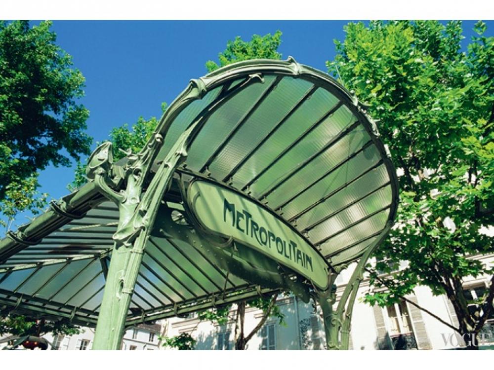 Станция парижского метро, оформленная Эктором Гимаром, Париж, 1900