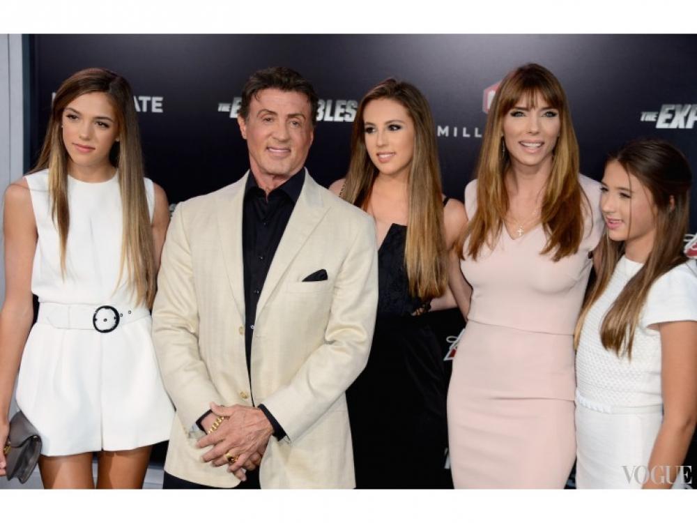 Сильвестер Сталлоне с женой и дочерьми
