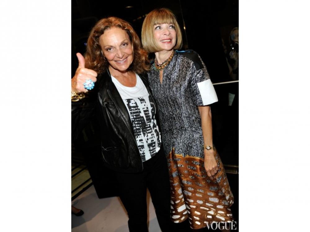 Диана фон Фюрстенберг и Анна Винтур во время FNO в Нью-Йорке (2011)