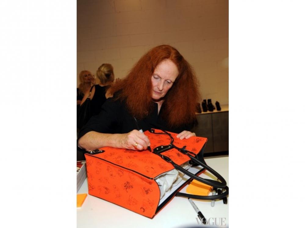 Грейс Коддингтон во время FNO в Нью-Йорке (2012)