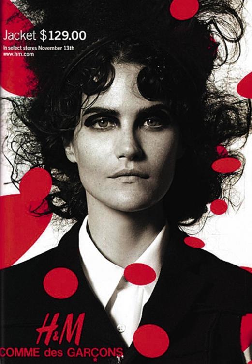 8. Рекламная кампания Comme des Gar?ons for H&M, осень-зима – 2008. Фотограф: Питер Линдберг